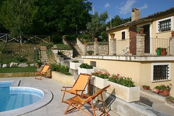 Кантри-хаус в г.Терамо (Италия)