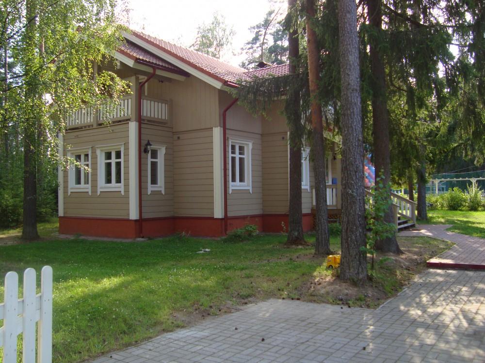 Коттедж Выборгский р-н Лен.области в кот.пос.Корабельные сосны