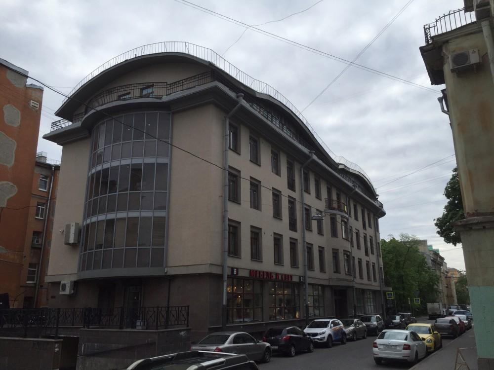 Продажа четырёхкомнатной квартиры на ул Подковырова д16
