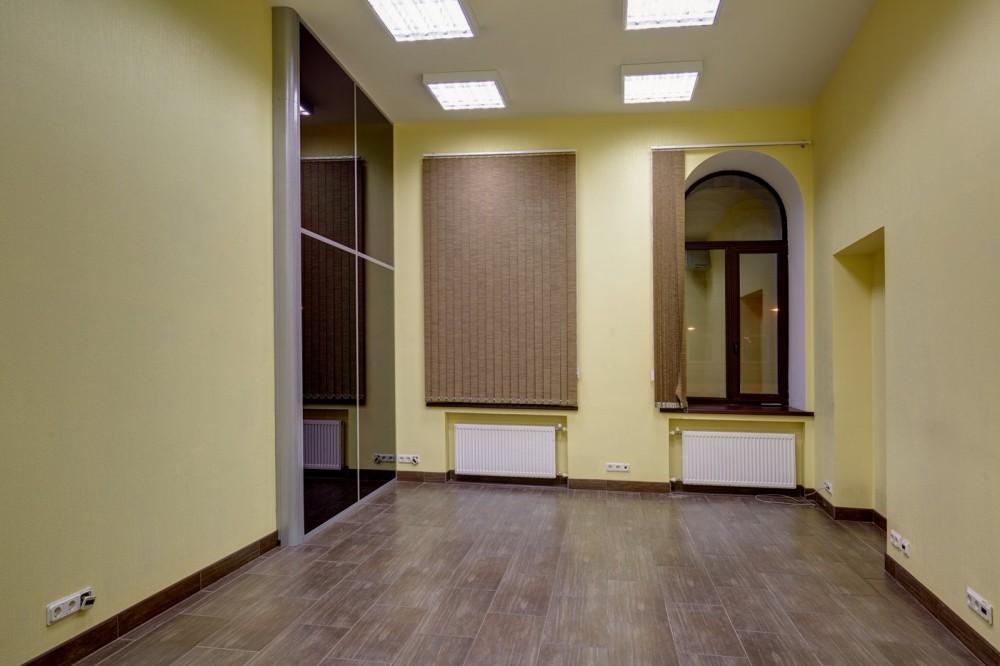 Аренда офисного помещения, м. Пл.Восстания