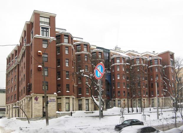 Четырехкомнатная квартира в Петроградском районе,Крестьянский пер д5
