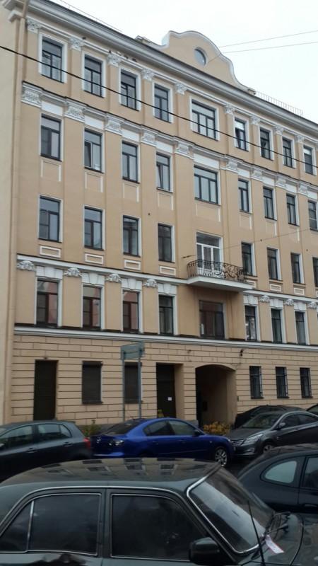 Семикомнатная квартира в центральном районе на 3Советской ул д4