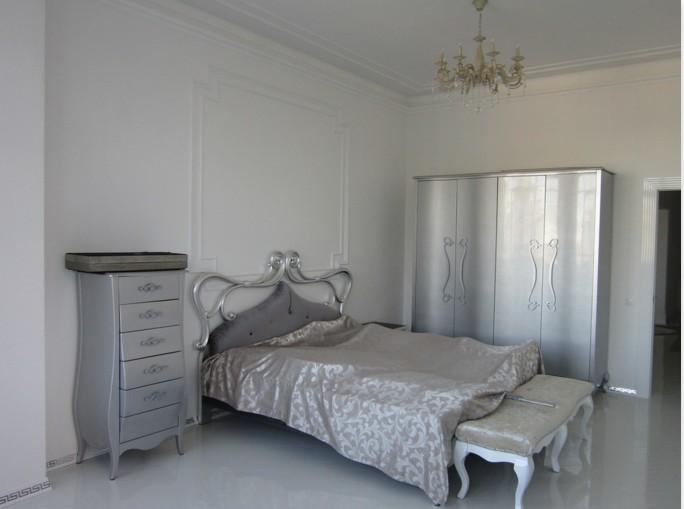 Четырёхкомнатная квартира на Крестовском острове ул Вязовая д10