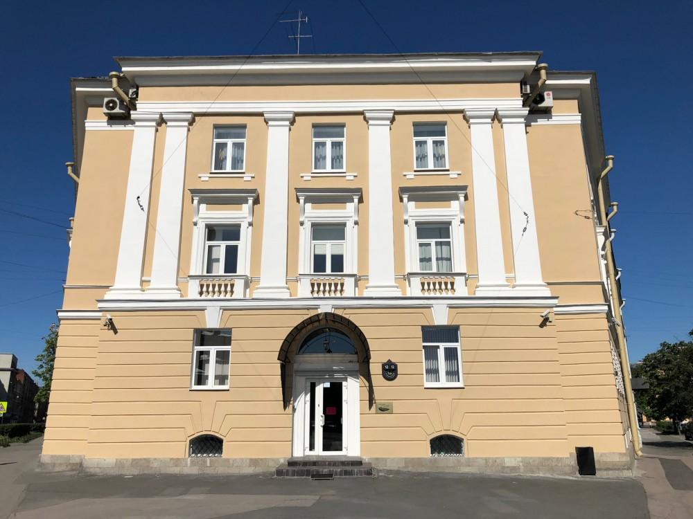 Аренда здания на ул.Старорусской 12